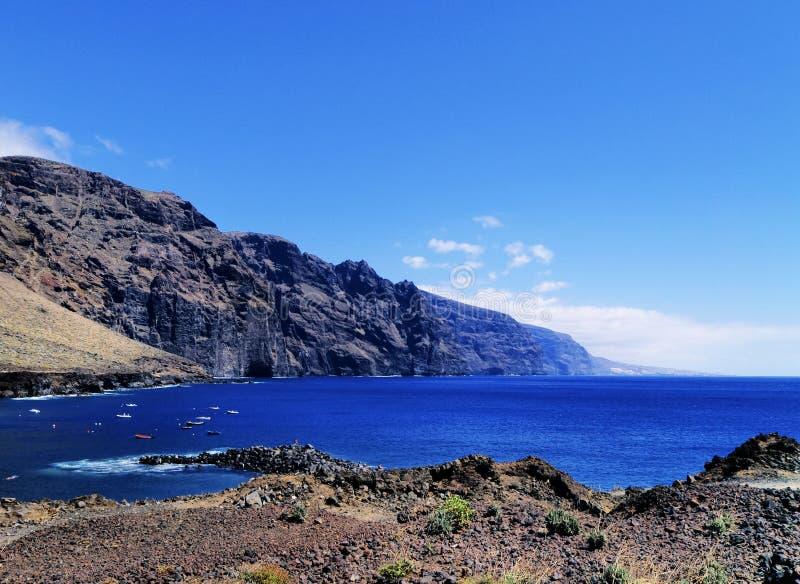 Los acantilados de Giants en Tenerife fotografía de archivo libre de regalías