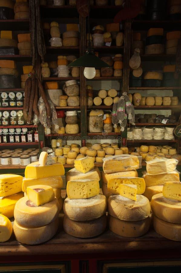 Los amantes del queso no estarán decepcionados en Tandil, la Argentina fotos de archivo libres de regalías
