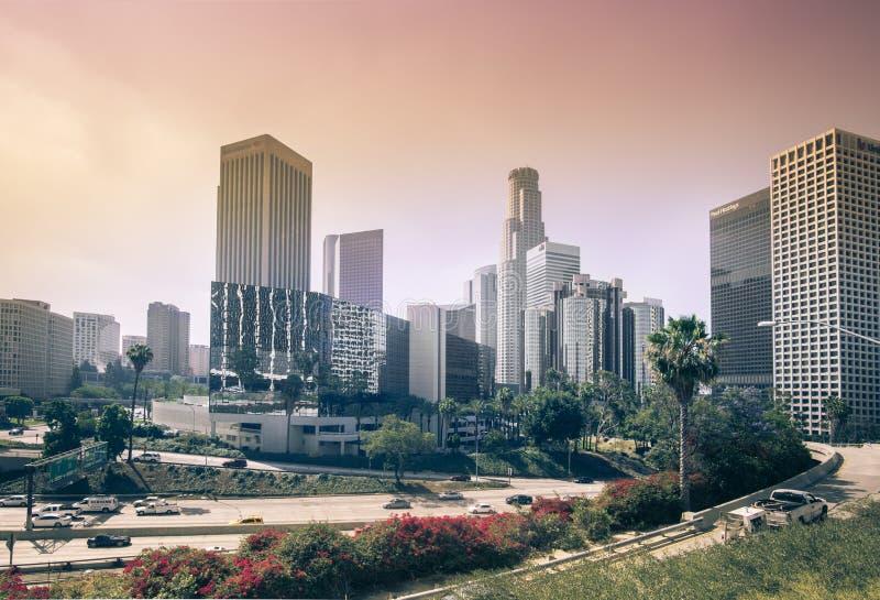 Los Angeles, CA 2 Juni 2015 Zonfilters door smog stock fotografie