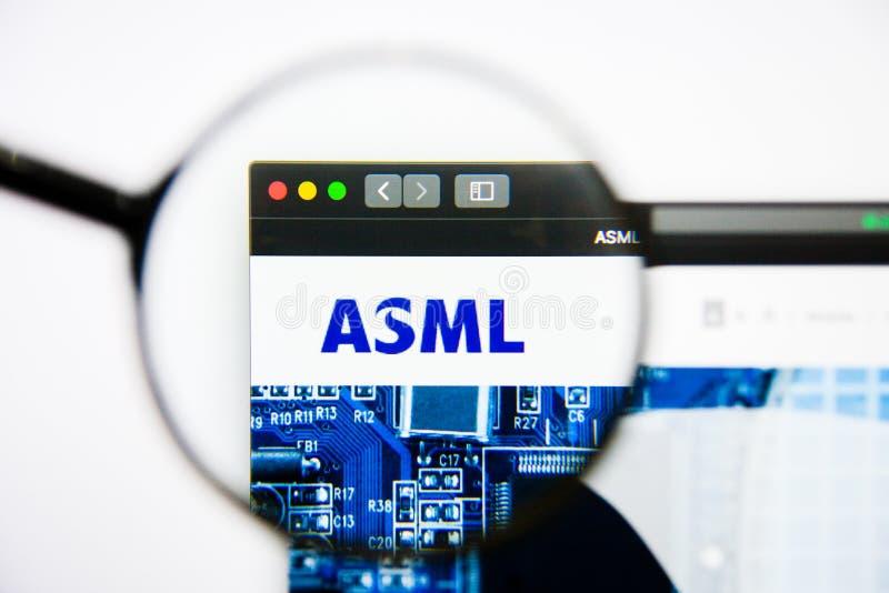 Los Angeles, Californië, de V.S. - 25 Januari 2019: ASML-de homepage van de Holdingswebsite ASML-Holdingsembleem zichtbaar op ver stock fotografie