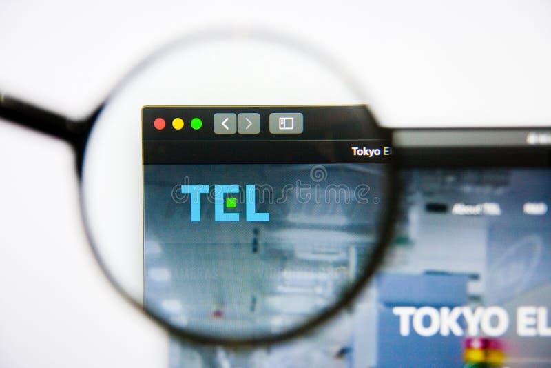 Los Angeles, Californië, de V.S. - 25 Januari 2019: De homepage van de het Elektronenwebsite van Tokyo Het Elektronenembleem van  stock afbeelding
