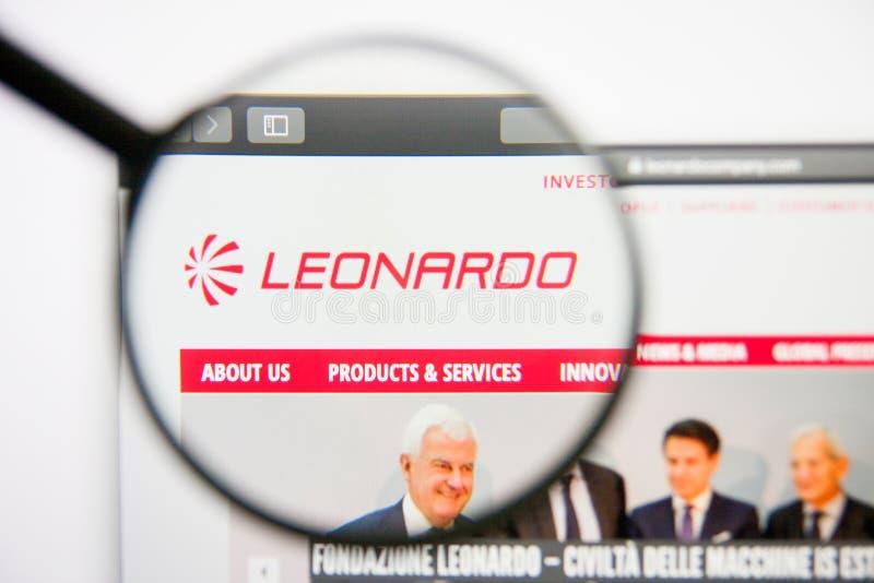 Los Angeles, California, los E.E.U.U. - 14 de febrero de 2019: Homepage aeroespacial de la página web de Leonardo Logotipo de Leo imagen de archivo