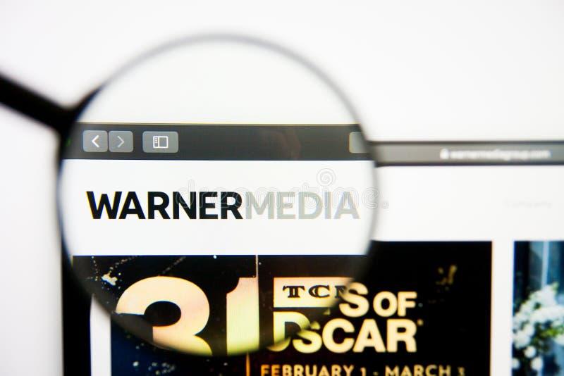 Los Angeles, California, los E.E.U.U. - 28 de febrero de 2019: Homepage de la página web de Time Warner Logotipo de Time Warner v imágenes de archivo libres de regalías
