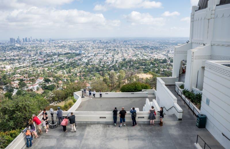 Los Angeles, California/U.S.A. - 12 giugno 2017: Vista aerea di Los Angeles del centro Sito di osservazione di Griffith Observato immagini stock