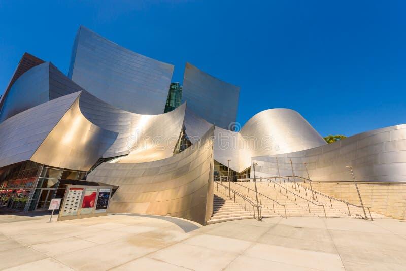 LOS ANGELES, California, U.S.A. - 13 giugno 2017: Walt Disney Concert Hall a Los Angeles del centro progettato da Frank Gehry, ca immagini stock