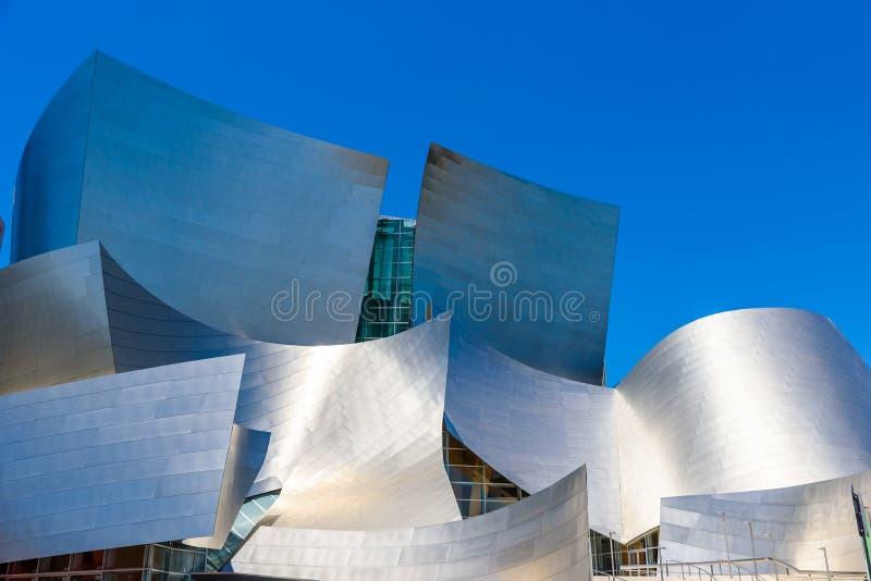 LOS ANGELES, California, U.S.A. - 13 giugno 2017: Walt Disney Concert Hall a Los Angeles del centro progettato da Frank Gehry, ca immagini stock libere da diritti
