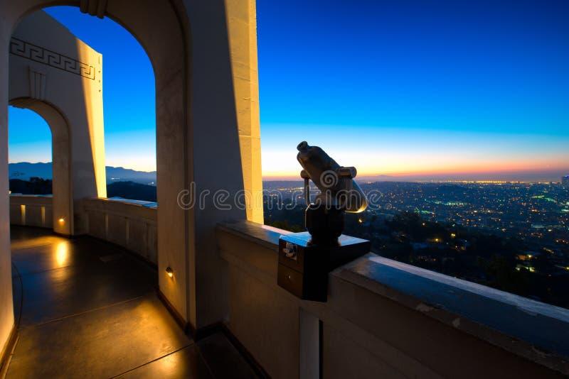 Los Angeles como visto de Griffith Observatory fotos de stock