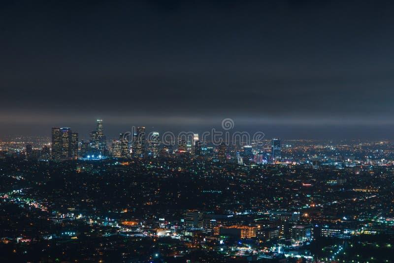 Los Angeles da baixa na noite fotografia de stock