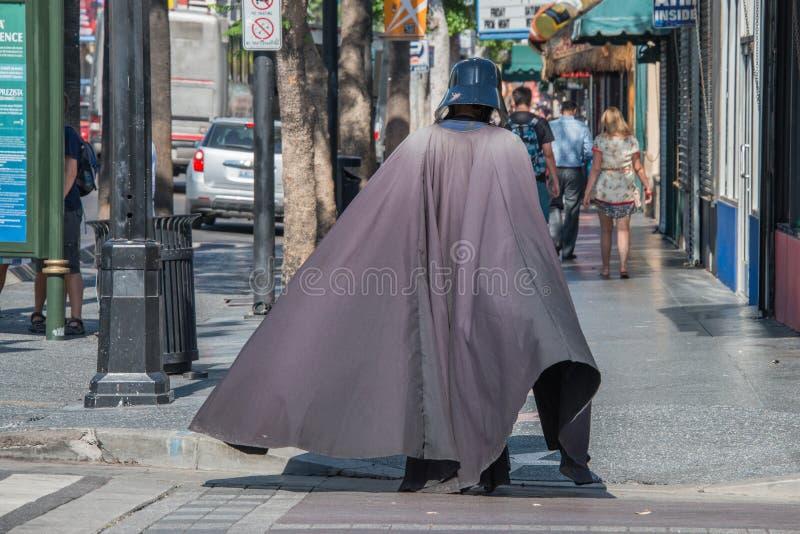 LOS ANGELES, de V.S. - 1 AUGUSTUS, 2014 - mensen en film maskeert op Gang van Bekendheid royalty-vrije stock fotografie