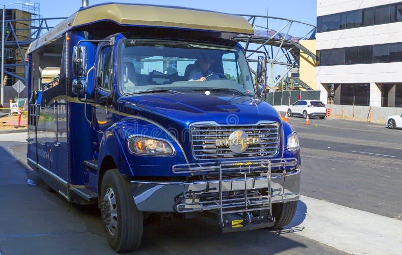 Los Angeles, los E.E.U.U., autobús a Universal Studios imagen de archivo libre de regalías