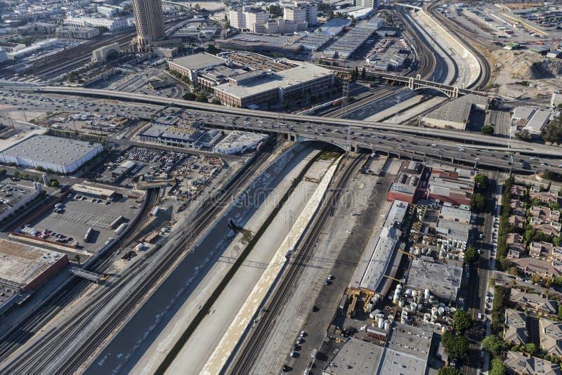Los Angeles-Fluss-städtische Antenne stockfoto