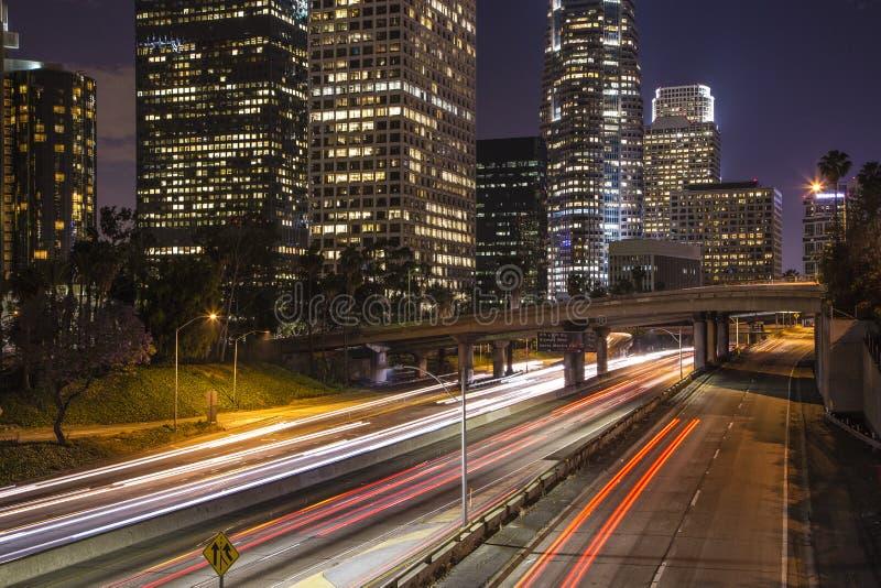 Los Angeles i stadens centrum natthorisont royaltyfria foton