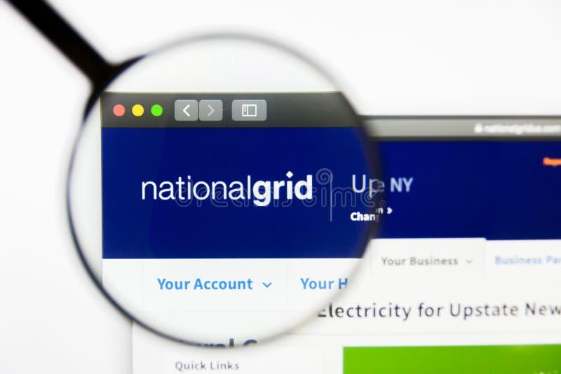 Los Angeles Kalifornien, USA - 12 mars 2019: Illustrativ ledare, National Grid websitehomepage National Grid logo royaltyfri fotografi