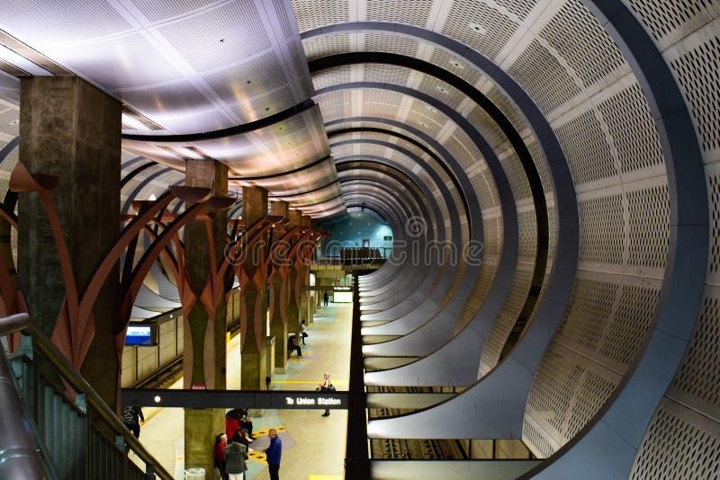 Los Angeles, la Californie, Etats-Unis - 4 janvier 2019 : Station de métro Hollywood/des montagnes photographie stock libre de droits