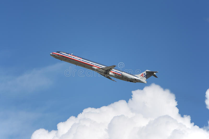 American Airlines McDonnell Douglas MD-83 image stock