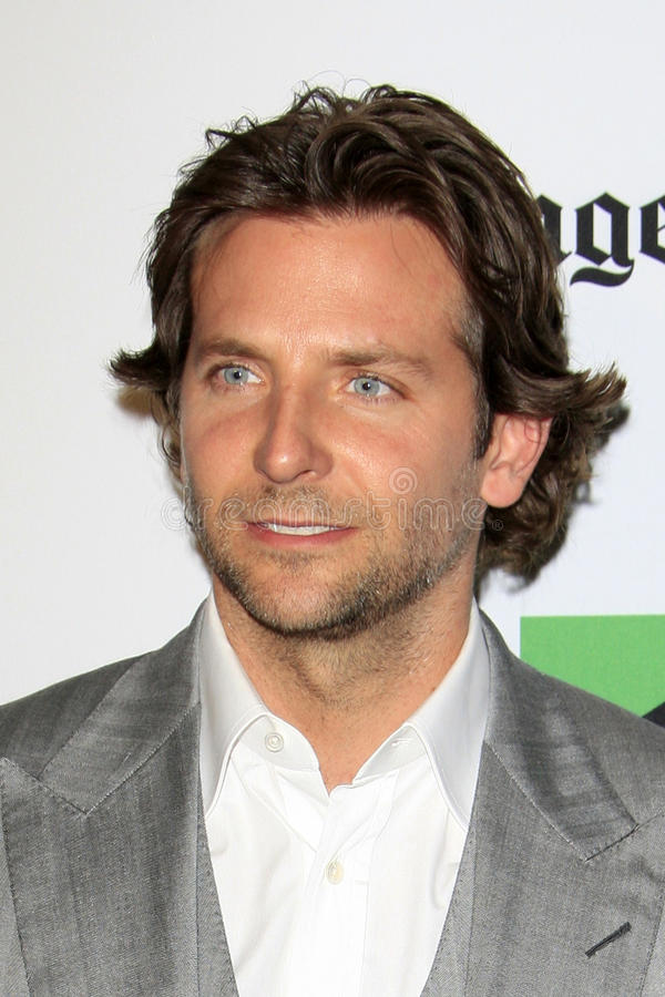 Bradley Cooper arrives at the 2012 Hollywood Film Festival Gala. LOS ANGELES - OCT 22: Bradley Cooper arrives at the 2012 Hollywood Film Festival Gala at Beverly stock photos