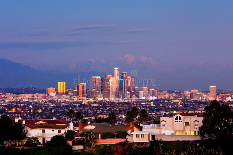 Los Angeles på natten arkivbild