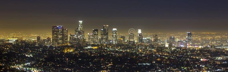 Los Angeles på natten. arkivfoton