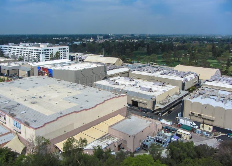 Los Angeles parkerar, universella studior Hollywood flyg- sikt USA Vår 2015 royaltyfri bild