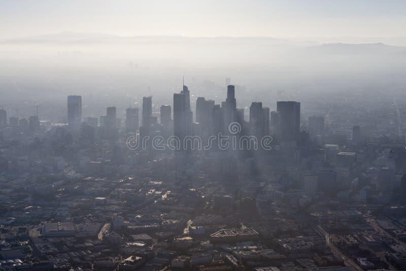 Los Angeles-Sommer-Smog-Antenne stockbilder