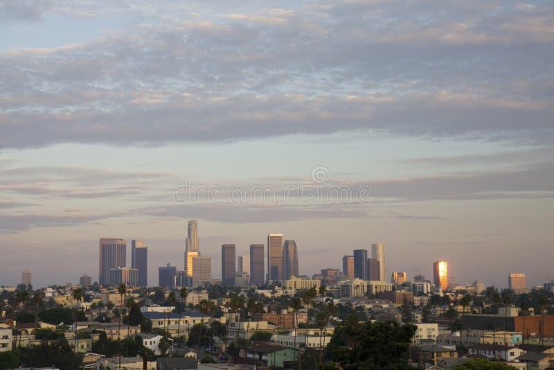 Los Angeles am Sonnenuntergang lizenzfreie stockfotos