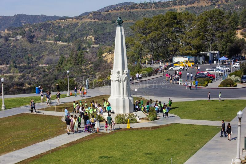 Los Angeles, U.S.A., monumento ai grandi astronomi a Griffith Observatory fotografia stock libera da diritti