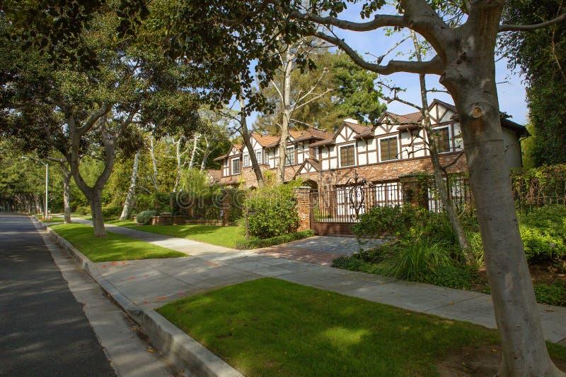 Los Angeles USA som charmar Beverly Hills herrgårdar fotografering för bildbyråer