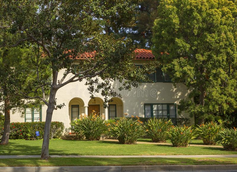 Los Angeles USA som charmar Beverly Hills herrgårdar royaltyfri foto