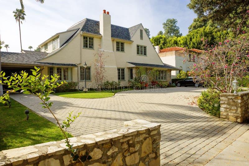 Los Angeles USA som charmar Beverly Hills herrgårdar royaltyfri bild