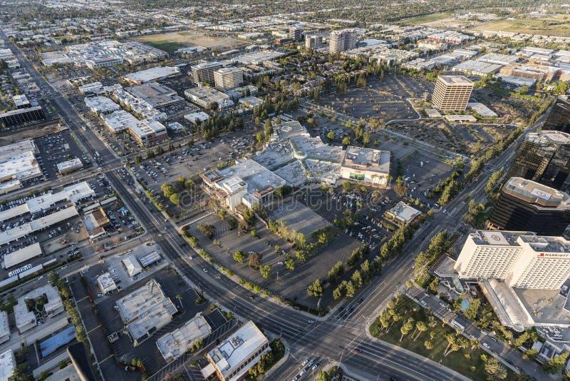 Los Angeles Warner Center Prominade Mall Aerial stock afbeelding