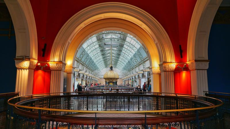 Los arcos de la reina Victoria Building imagen de archivo