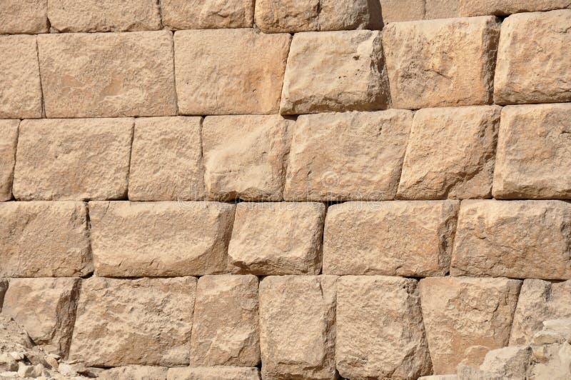 Los bloques de piedra de la gran pirámide de Egipto imágenes de archivo libres de regalías