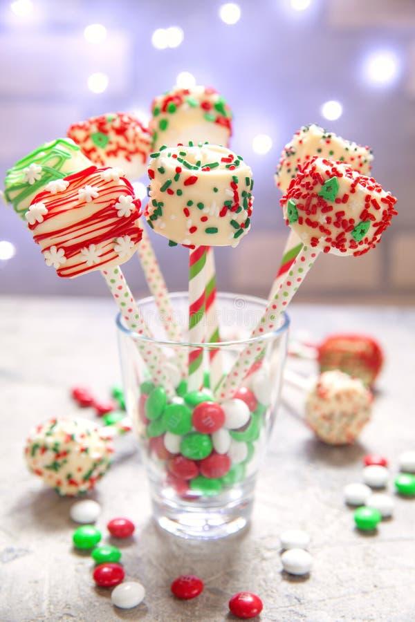 Download Los Cakepops De La Melcocha Hacen Estallar Para La Navidad Imagen de archivo - Imagen de azúcar, melcocha: 100531969