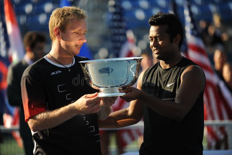 Los campeones los E.E.U.U. de los dobles de Paes y de Dlouhi abren 2009 fotografía de archivo libre de regalías