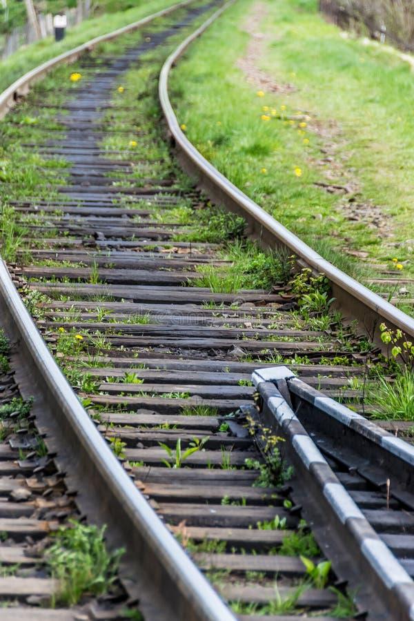 Los carriles ferroviarios se cierran para arriba fotografía de archivo libre de regalías