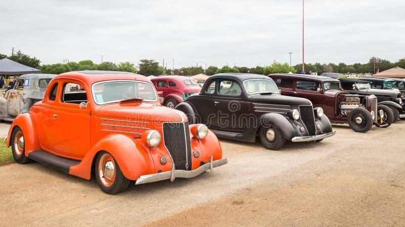 Los coches en el Lonestar reúnen imagen de archivo