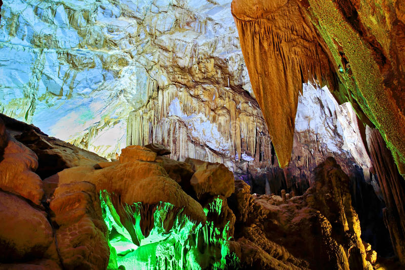 Los colores de la cueva fotos de archivo