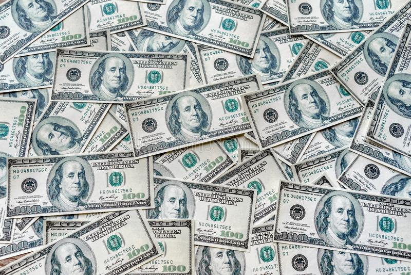 Los conceptos de la visión superior de la moneda de los billetes de banco del dólar en los Estados Unidos de América muestran el  imagen de archivo libre de regalías
