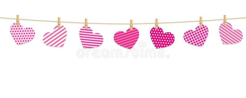 Los corazones modelados cuelgan en una cuerda con las pinzas stock de ilustración