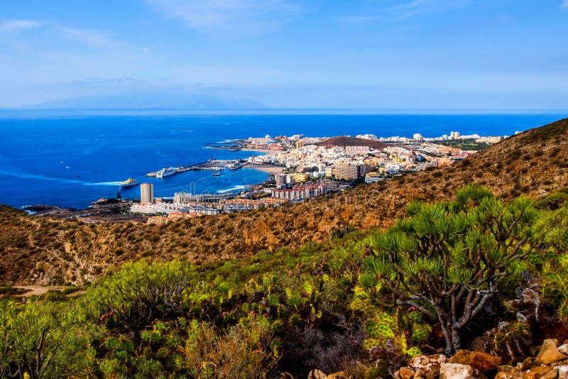 Los Cristianos和戈梅拉岛 免版税库存照片