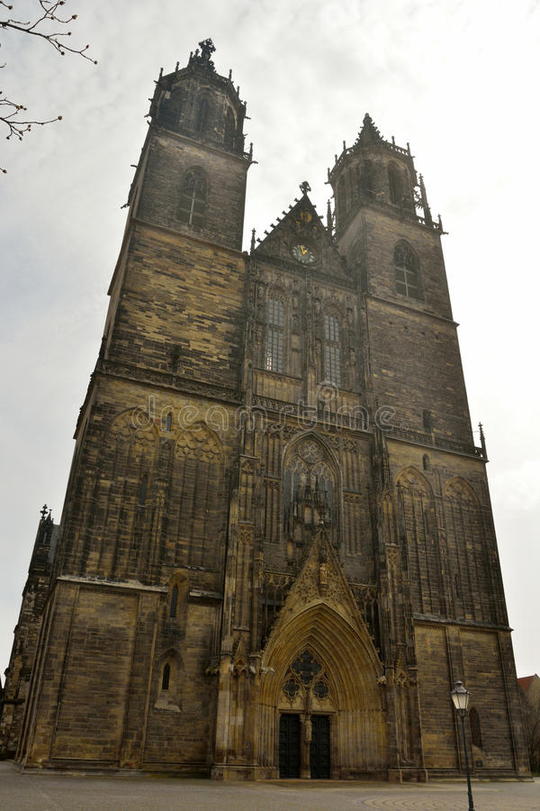 Los Dom en Magdeburgo fotografía de archivo