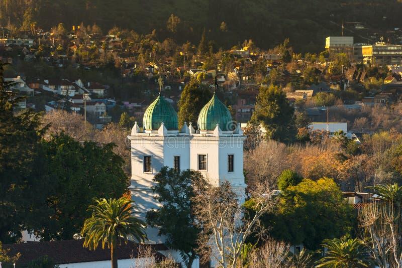 Los Dominicos教会在Las Condes区在圣地亚哥 库存图片