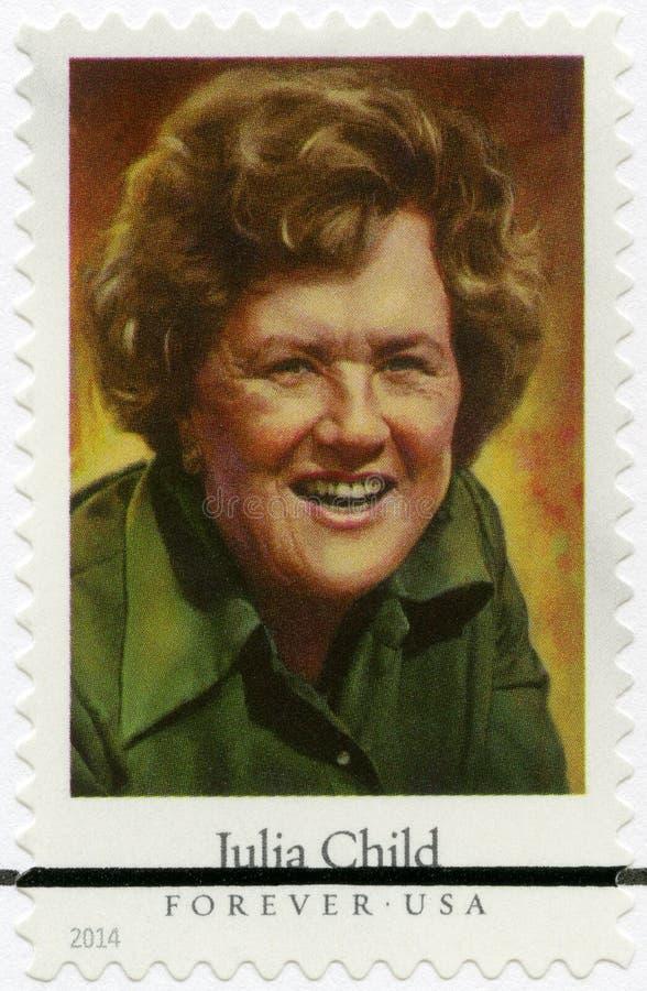 Los E.E.U.U. - 2014: demostraciones Julia Carolyn Child McWilliams 1912-2004, cocinero americano, autor, y personalidad de televi fotografía de archivo
