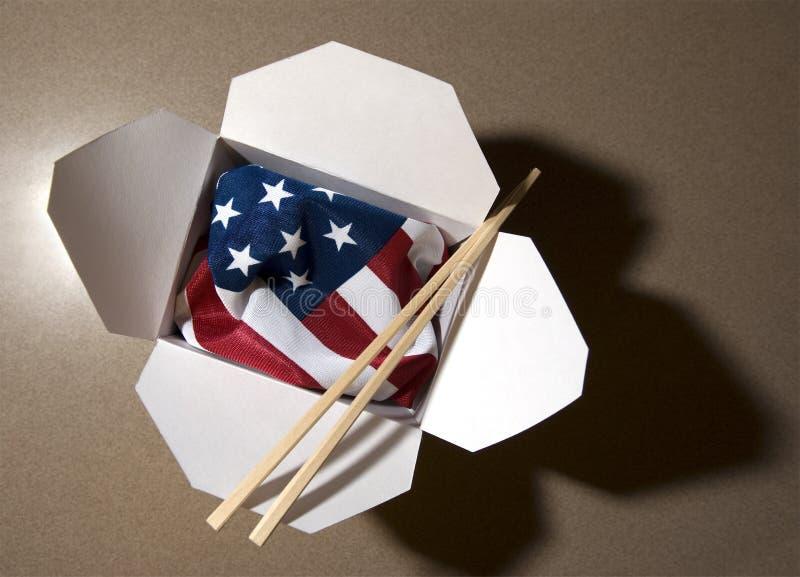 Los E.E.U.U. señalan por medio de una bandera en envase de alimento chino imagen de archivo