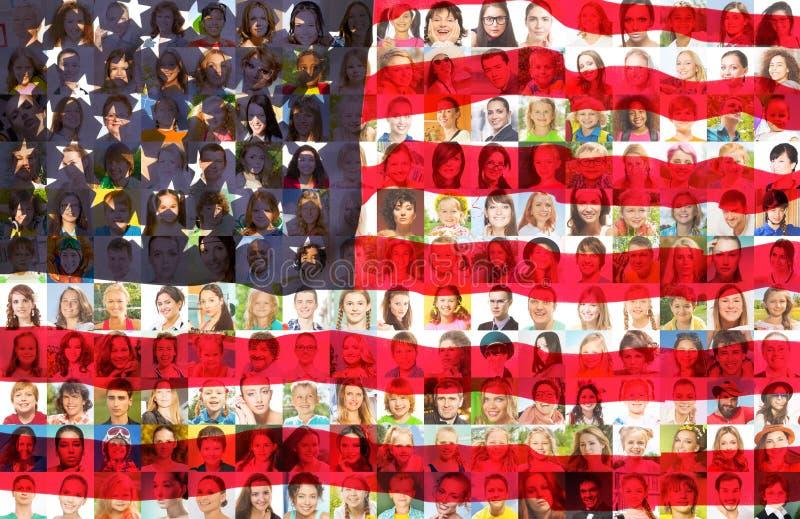 Los E.E.U.U. señalan por medio de una bandera con los retratos de la gente americana fotos de archivo libres de regalías