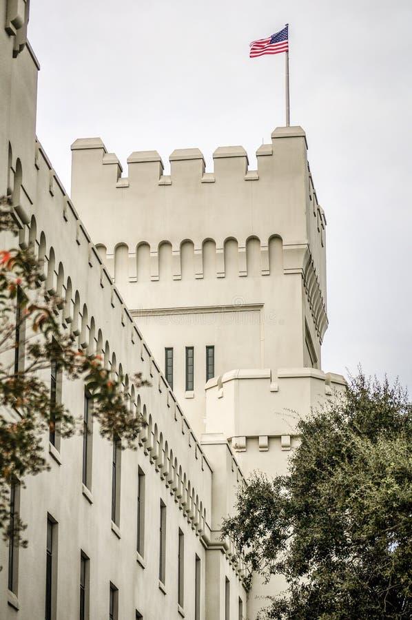 Los edificios viejos del capus de la ciudadela en Charleston Carolina del Sur fotos de archivo