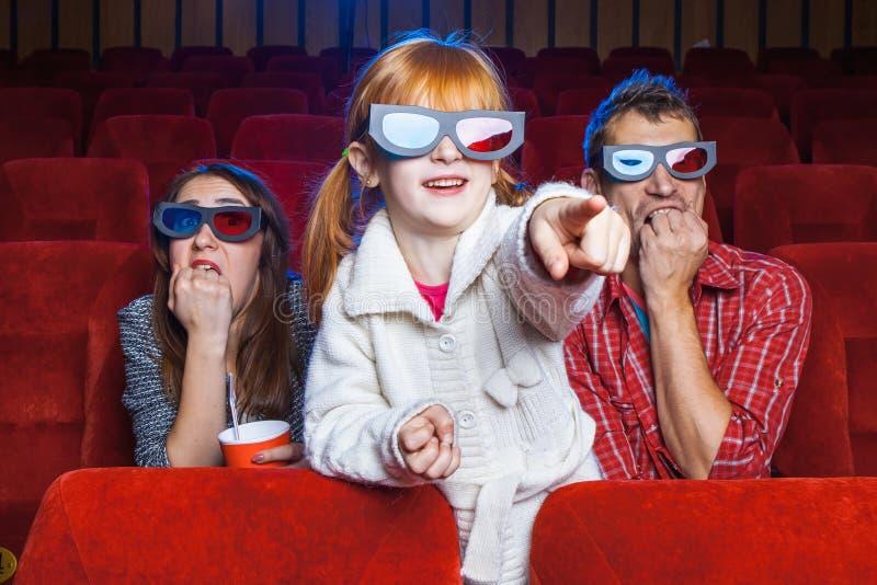 Los espectadores en el cine foto de archivo libre de regalías