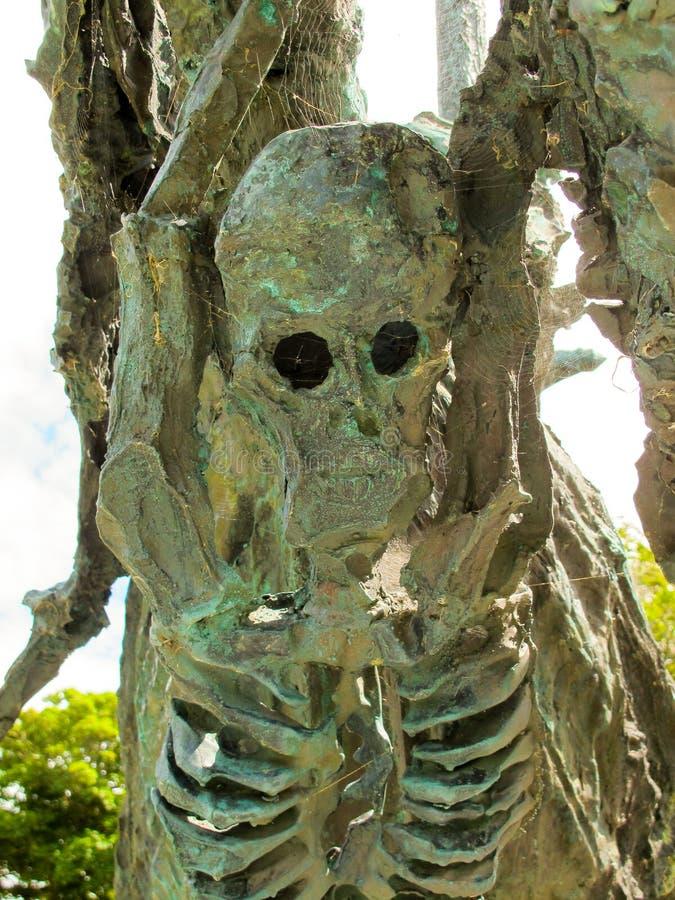 Los esqueletos en un hambre envían, el monumento nacional del hambre, Westport en el Co mayo imagen de archivo