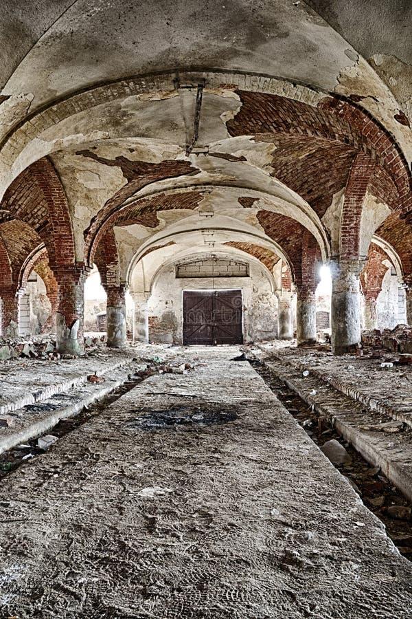 Los establos abandonados imagen de archivo