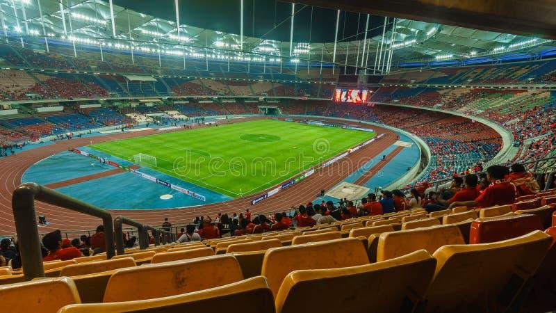 Los fanáticos del fútbol de Liverpool durante LFC viajan a 2015 entre Malasia IX y Liverpool en Bukit Jalil Stadium fotos de archivo libres de regalías